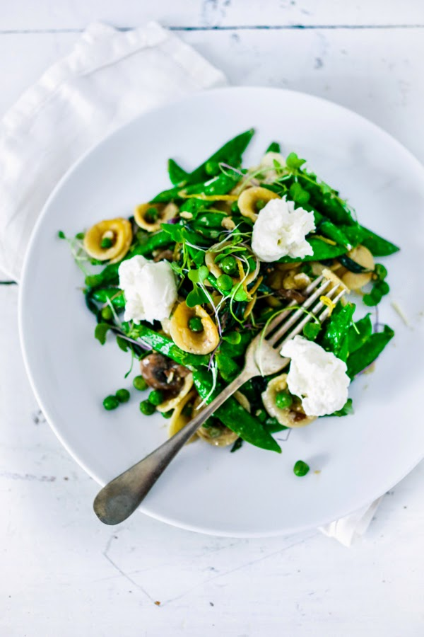 Spring orecchiette pasta with peas, burratta and mint